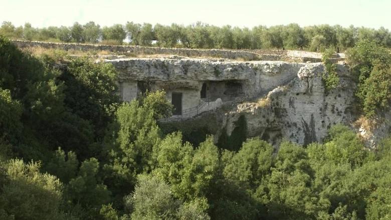 Gua di Italia yang menyimpan dosa pertama (criptadelpeccatooriginale.it)