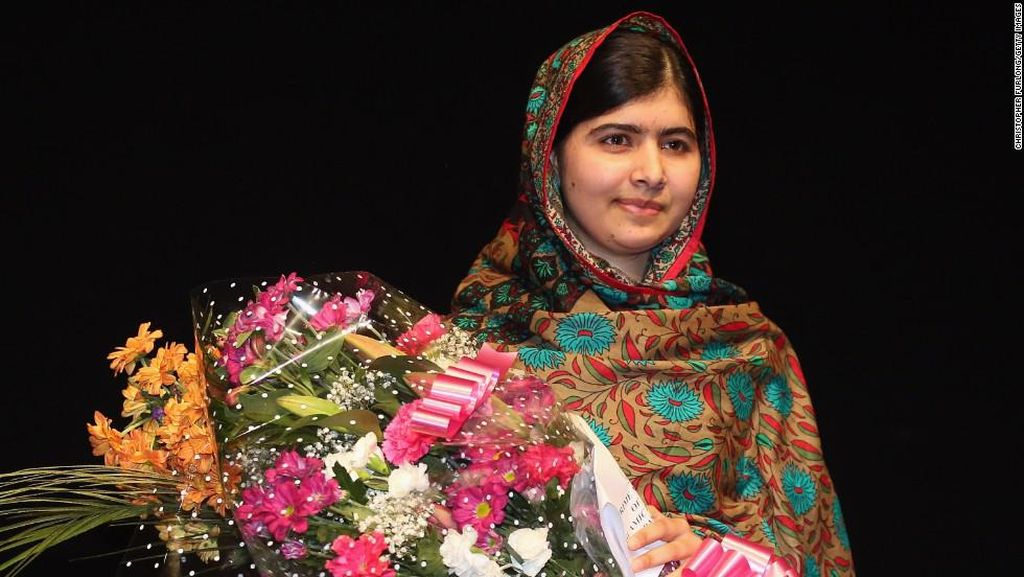 Ke Pakistan 6 Tahun Setelah Ditembak Taliban, Malala Menangis