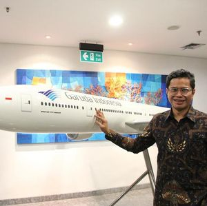 Bos Garuda Indonesia Lapor ke Luhut, Rugi Bersih Turun 30%