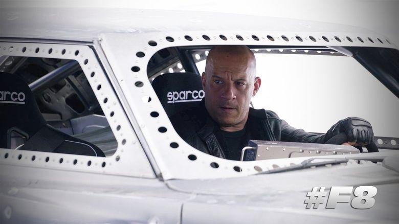 Dominic Toretto (Vin Diesel) tak lagi berjuang bersama kawan dan keluarganya. (Dok. Matt Kennedy/Universal Pictures)