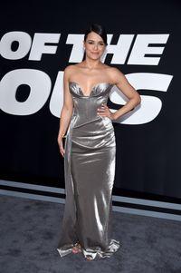 Transformasi Gaya Michelle Rodriguez Bintang Seksi Di Fast And Furious 8