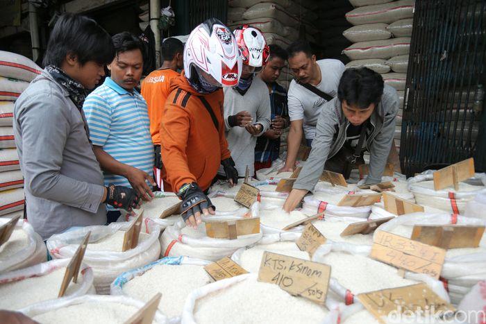 Ilustrasi beras (Foto: Agung Pambudhy)