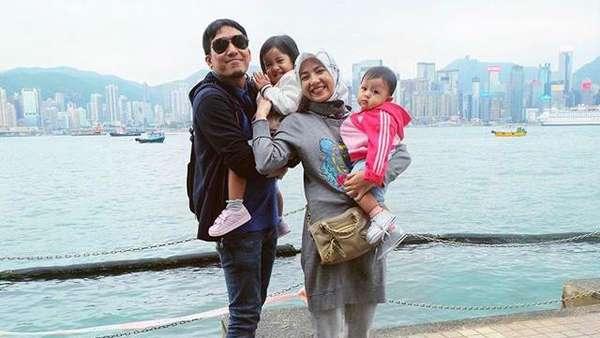 Happy Long Weekend! Intip Liburan Desta dan Keluarga di Hongkong dan Macau