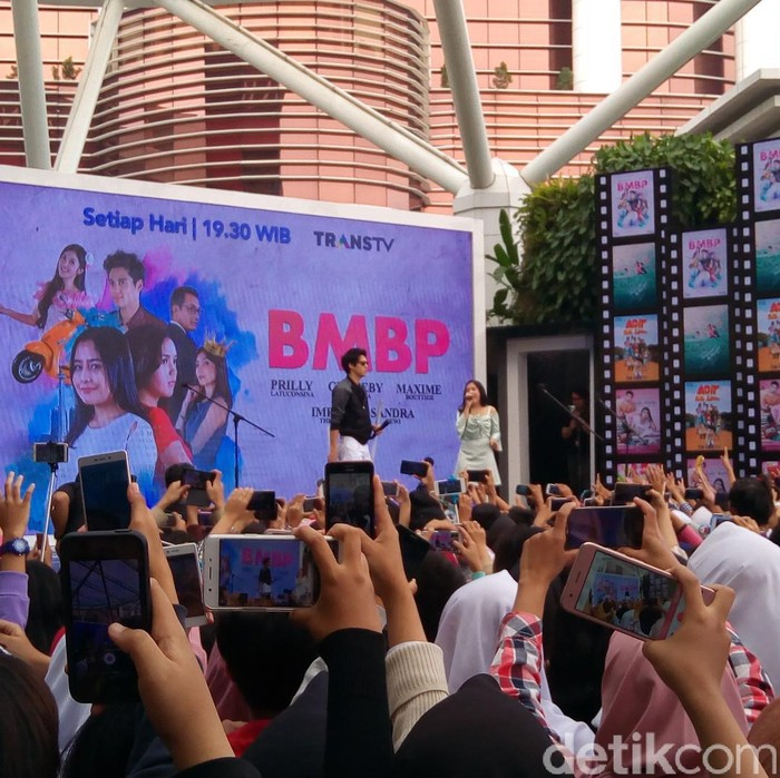 Foto: Jumpa Fans Sinetrans Bawang merah bawang putih di TSM (Mukhlis Dinillah/detikcom)