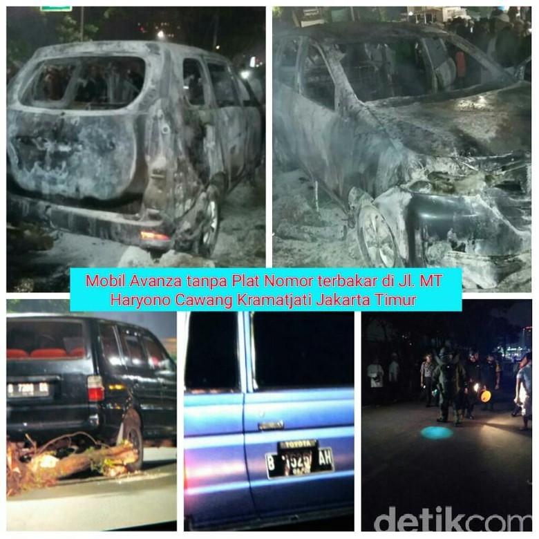 Polisi: Mobil Terbakar di Cawang Tak Berpelat, 2 Lainnya Bodong