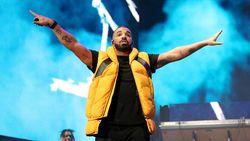 Drake Dikabarkan Pacari Ibu Mantan Kekasihnya