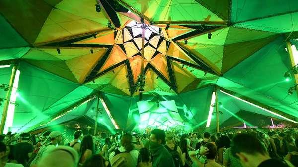 Intip Serunya Coachella 2017 Yuk!