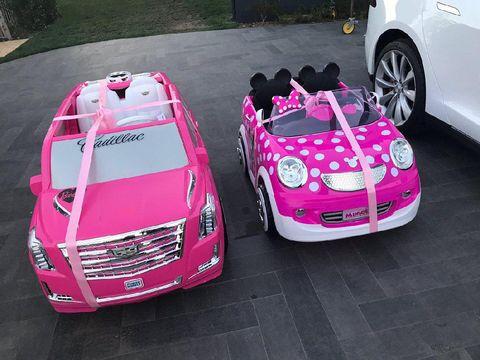 Ultah Pertama, Putri Chrissy Teigen Dapat 'Mobil Mewah' dari Kris Jenner
