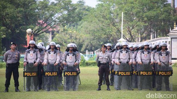 Cegah Massa ke Jakarta, Polres Bogor Jaga Tol dan Perbatasan