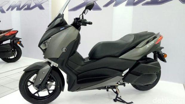 Kurang dari 24 Jam, Pemesan Skutik Yamaha XMAX Tembus 1.000 Orang