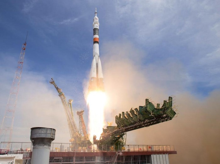 BAIKONUR, KAZAKHSTAN - APRIL 20:  In this handout provided by NASA, the Soyuz MS-04 rocket carrying Expedition 51 Soyuz Commander Fyodor Yurchikhin of Roscosmos and Flight Engineer Jack Fischer of NASA launches from the Baikonur Cosmodrome on April 20, 2017 in Baikonur, Kazakhstan. Yurchikhin and Fischer will spend the next four and a half months aboard the International Space Station. (Photo by Aubrey Gemignani/NASA via Getty Images)