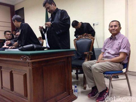 Dahlan Iskan Divonis 2 Tahun, Pendukung Teriakkan Istigfar
