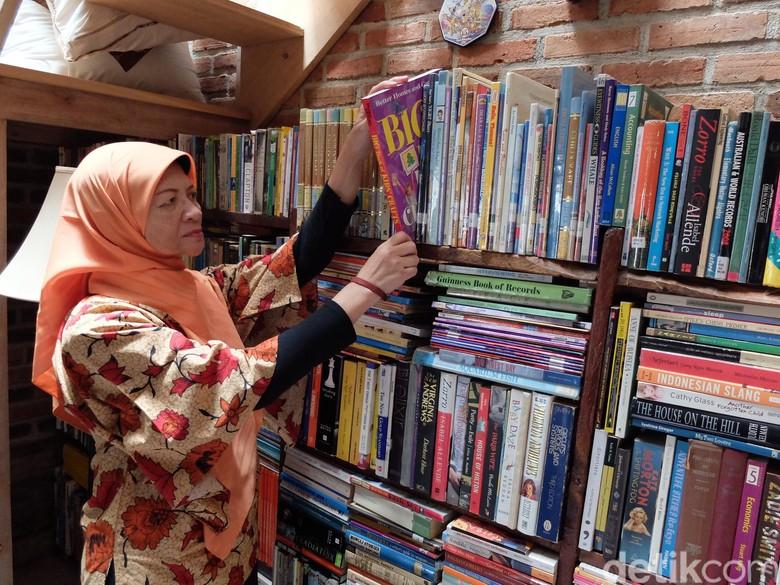 Cerita Rita Koesma Bujuk Anjal di Bandung Agar Mau Belajar