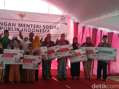 Soal Dampak Sosial Pabrik Semen Rembang, Mensos: Seeing is Believing