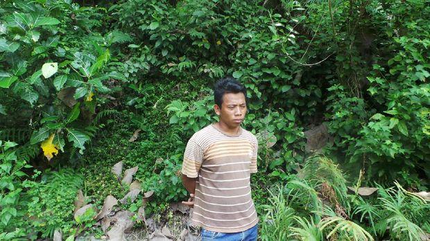 Sukadi, anak pak Tukimin dan lokasi penemuan S-17