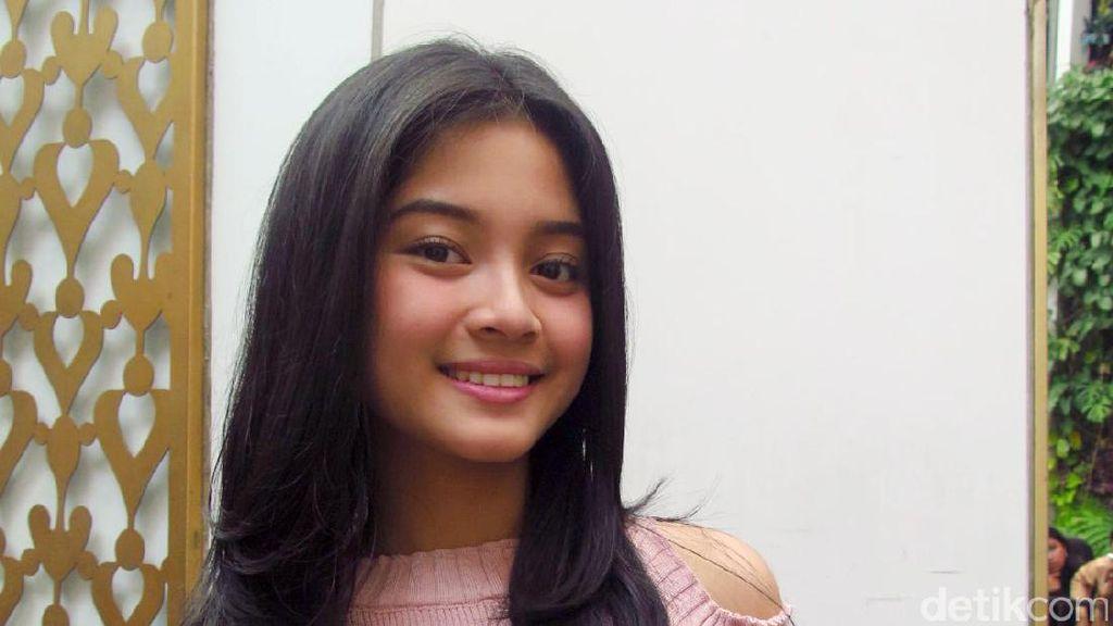 Dilan Film Promos 1991, Yoriko Angeline Prioritizes Education