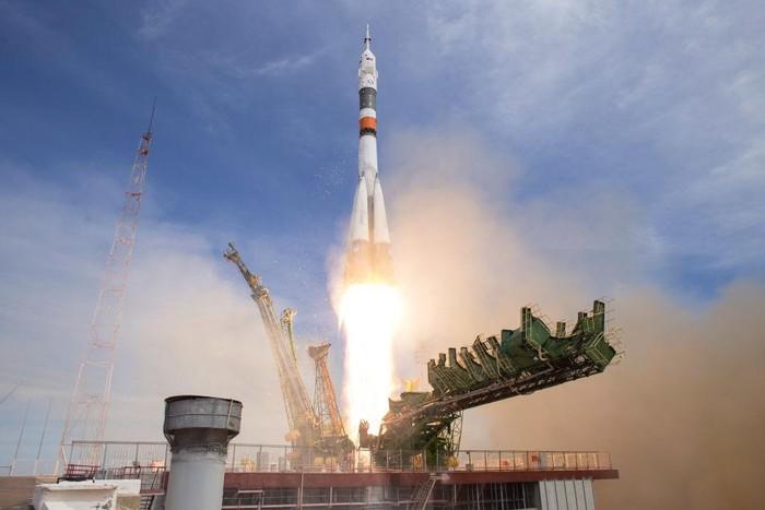 Peluncuran Soyuz MS-04. Foto: Getty Images