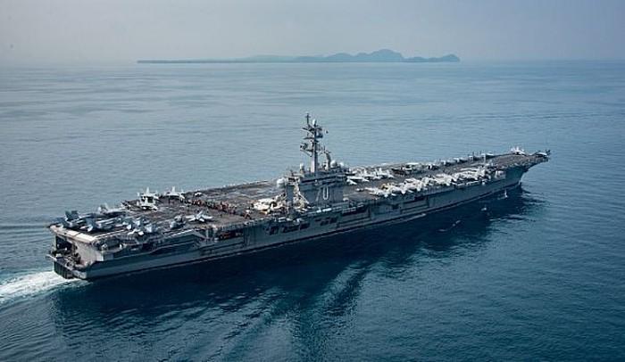 USS Carl Vinson di Selat Sunda. Foto: US Navy