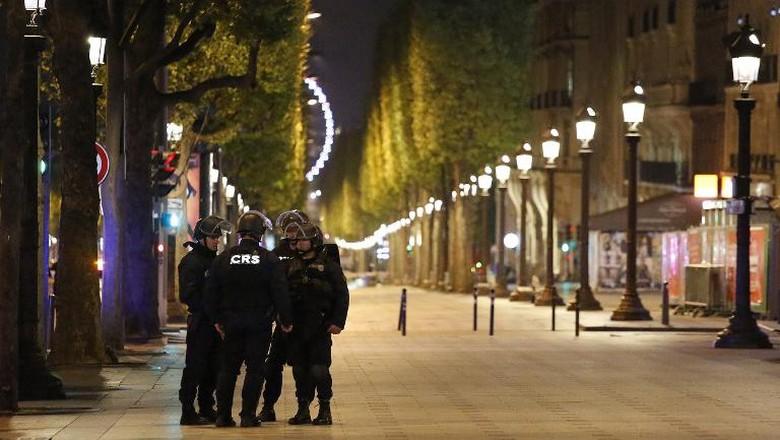 Pelaku Penembakan di Champs Elysees Tewas Ditembak Polisi