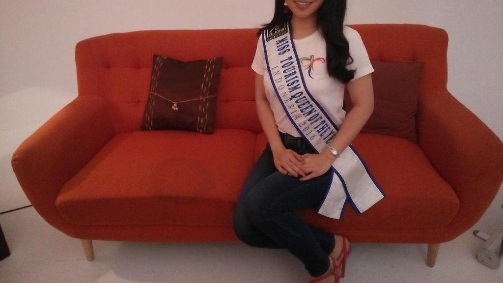 Cinta Pertama Miss Tourism Indonesia