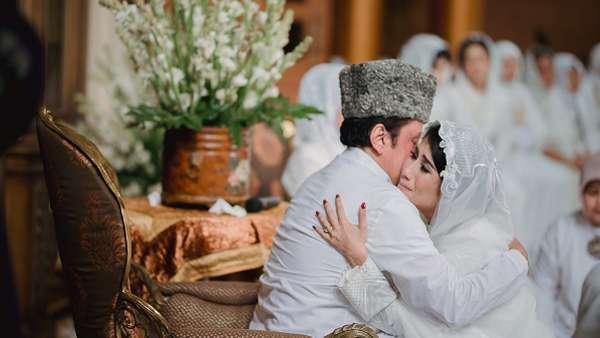 Sebelum Dinikahi Tarra Budiman Hari Ini, Gya Gelar Prosesi Siraman