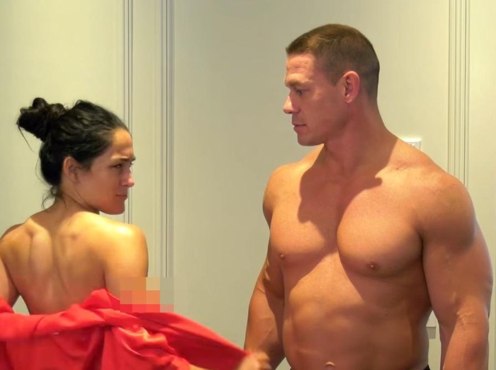 Nikki Bella dan John Cena bugil di Youtube