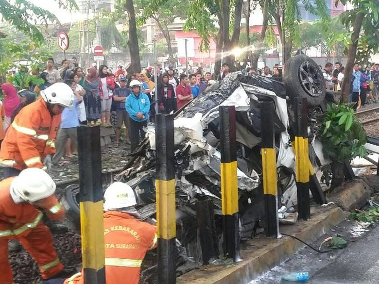 Korban Selamat Daihatsu vs Kereta Belum Bisa Berkomunikasi