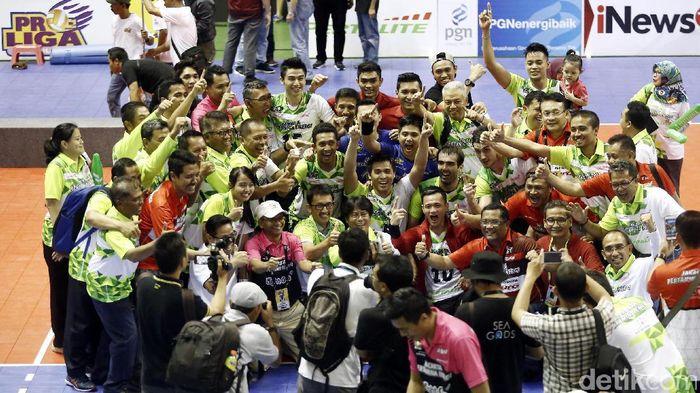 Tim putra Jakarta Pertamina Energi juara Proliga 2017. (Rachman Haryanto/detikSport)
