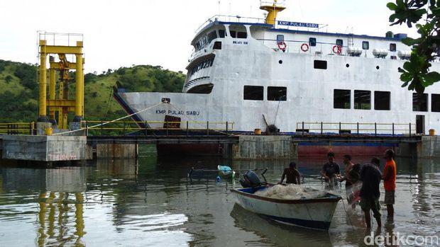 Pelabuhan Teluk Gurita (Fitraya/detikTravel)