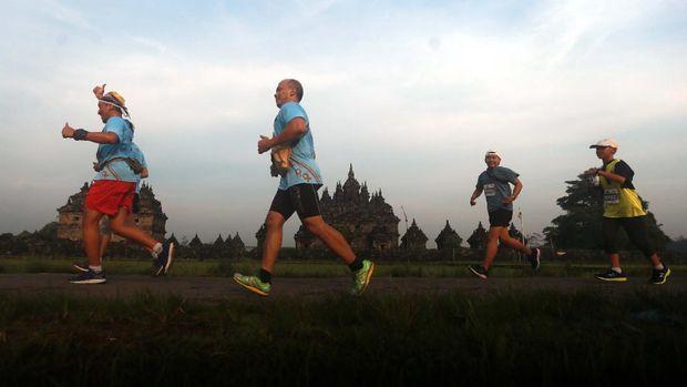 Sain Alim dan Yulianingsih Juarai Jogja Marathon