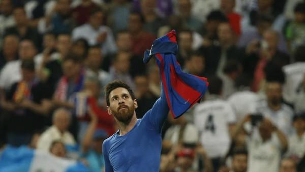 Ronaldinho: Selamat atas 500 Golmu, Messi!