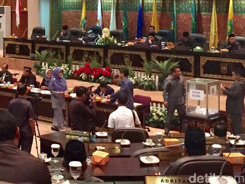 Suasana sidang paripurna DPRD Riau