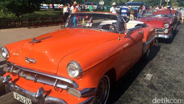 Mobil antik di Havana, Kuba