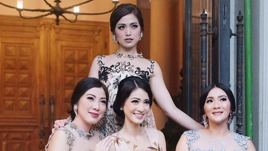Karenina Sunny, Model Cantik Anggota Girls Squad