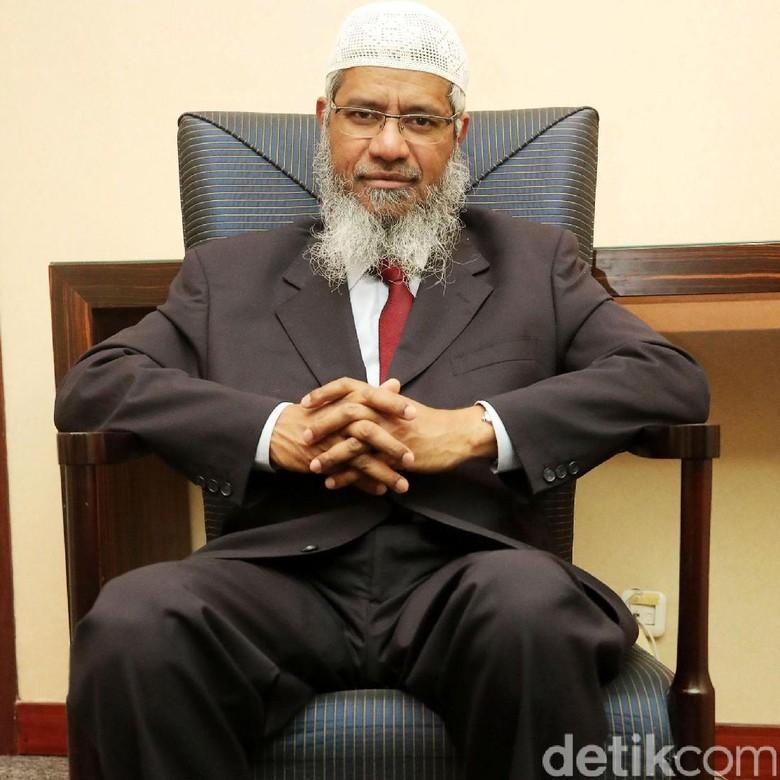 Zakir Naik Dilarang Ceramah di Seluruh Malaysia Demi Keamanan Nasional