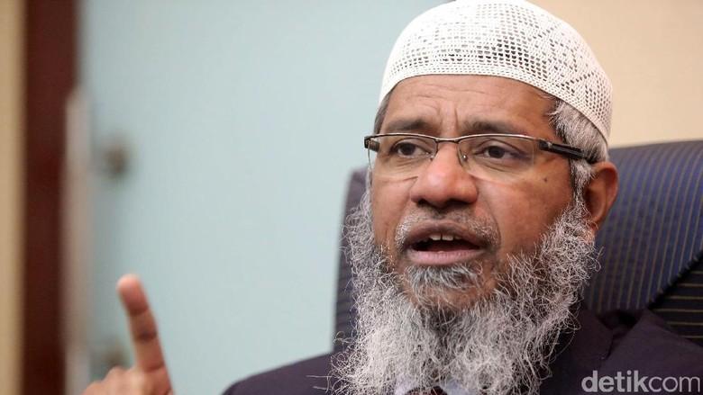 Zakir Naik Dikejar India, Dilindungi Malaysia