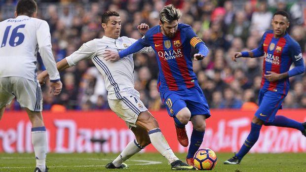 Meski tidak lagi di Madrid, Ronaldo tetap memiliki persaingan sengit dengan Messi.