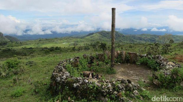 Tempat Penggal Kepala & Nuansa Mistis di Benteng Makes