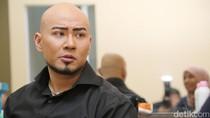 Keberanian Tunangan Deddy Corbuzier Ciduk Netizen yang Melecehkannya