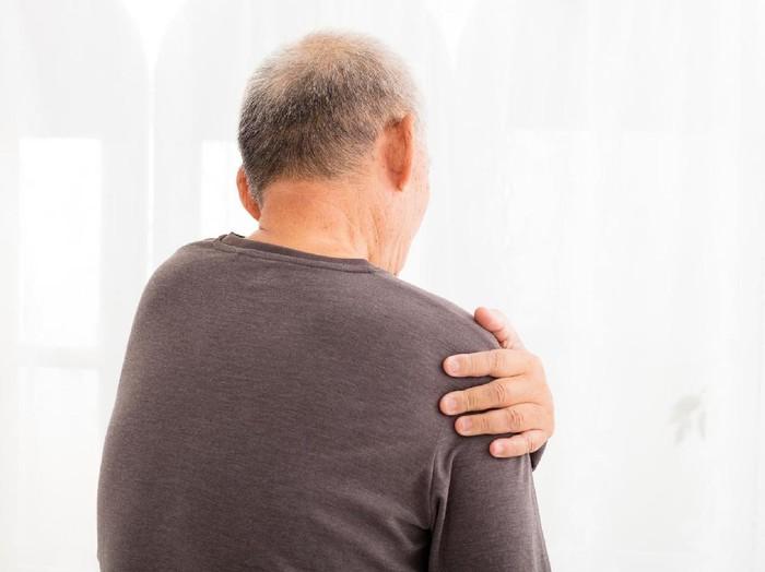 Jika kondisinya parah, maka pijat kemungkinan besar tidak akan bermanfaat meredakan nyeri. (Foto: ilustrasi/thinkstock)