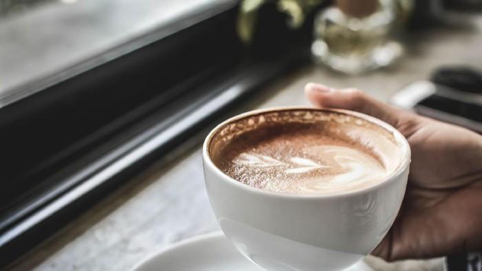 Dua studi terbaru lagi-lagi membuktikan jika peminum kopi cenderung panjang umur. (Foto: Ilustrasi/Getty Images)