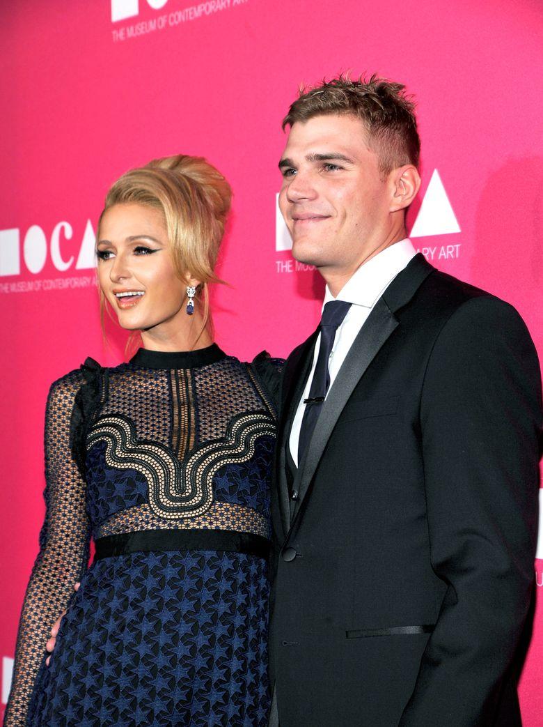 Paris Hilton dan Chris Zylka menjalin hubungan sejak Februari 2017 lalu. John Sciulli/GettyImages