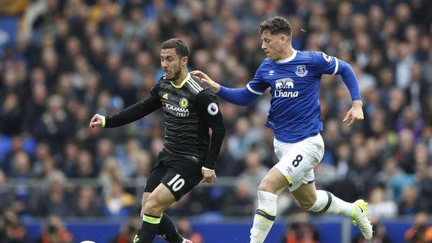 Didatangkan dari Everton pada Januari lalu, Barkley hanya satu kali bermain untuk Chelsea di Liga Inggris.