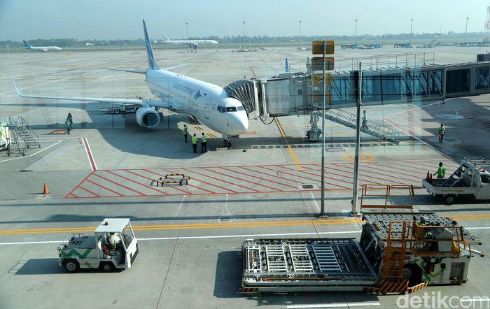 Garuda Indonesia melakukan penerbangan internasional perdana di Terminal 3 Bandara Soekarno-Hatta, Senin (1/5/2017).