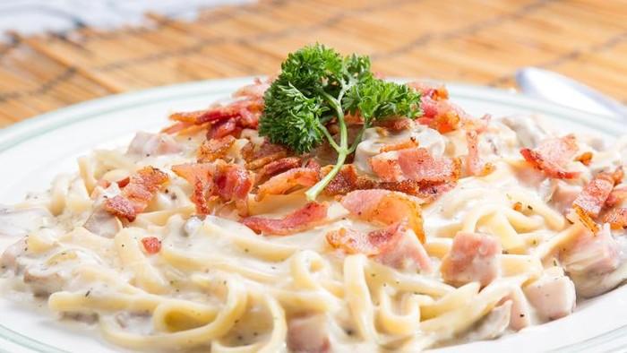 Resep Makanan untuk Kencan di Rumah - Mie Carbonara