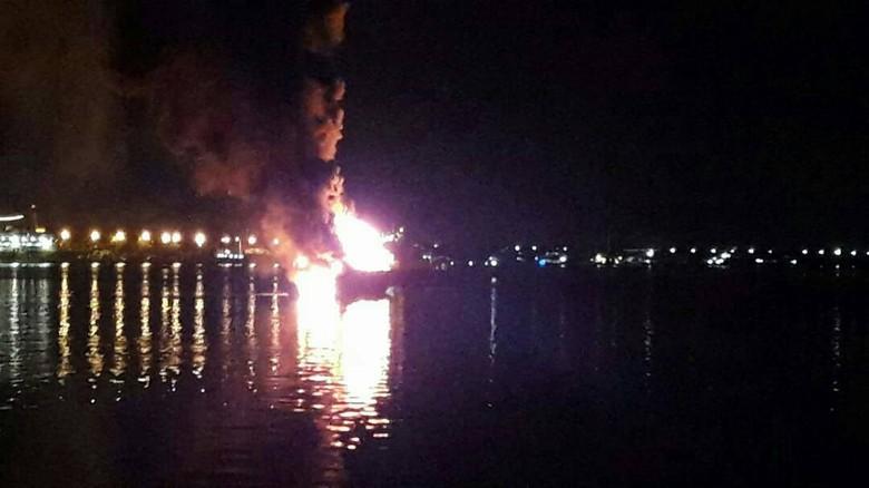 Kapal Patroli KKP Terbakar di Benoa Bali
