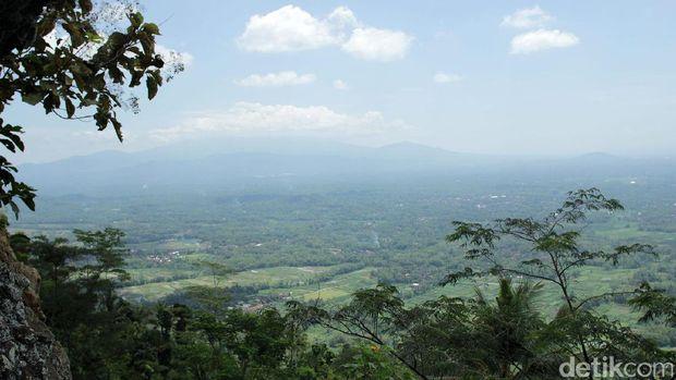 Panorama dari Watu Kendil (Randy/detikTravel)