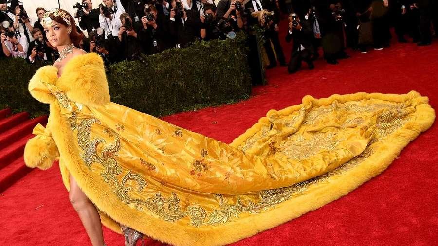 Penampilan Sempurna Rihanna Tuai Pujian Tertinggi di Met Gala 2017