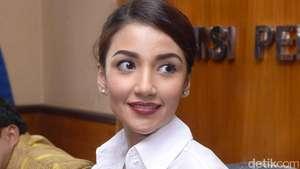Tsania Marwa... Senyumanmu Itu Lho!