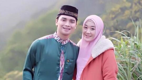 Mesranya Putra Ustad Arifin Ilham dan Istrinya, Tsania Marwa Tetap Tegar